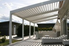 The pergola kits are the easiest and quickest way to build a garden pergola. There are lots of do it yourself pergola kits available to you so that anyone could easily put them together to construct a new structure at their backyard. Vinyl Pergola, Pergola Carport, Building A Pergola, Pergola Canopy, Wooden Pergola, Outdoor Pergola, Backyard Pergola, Pergola Plans, Outdoor Decor