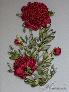 Wonderful Ribbon Embroidery Flowers by Hand Ideas. Enchanting Ribbon Embroidery Flowers by Hand Ideas. Types Of Embroidery, Rose Embroidery, Silk Ribbon Embroidery, Embroidery Stitches, Embroidery Patterns, Embroidery For Beginners, Embroidery Techniques, Ribbon Art, Ribbon Rose
