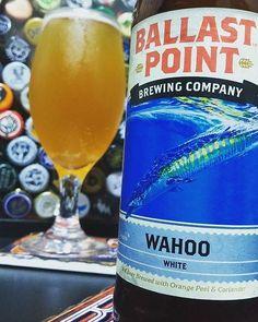Foto e texto por por  @hop_hour Compartilhe também suas experiências #padawancervejeiro  Ballast Point Brewing - Wahoo . A Wahoo é uma witbier leve e refrescante sem destaques. Se couber no bolso dá pra tomar várias nos dias quentes de v