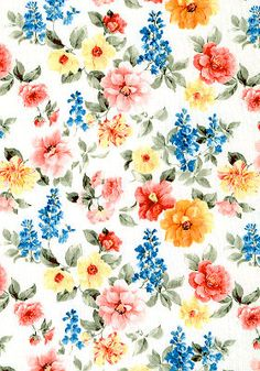 How about a stroll through the garden? English Garden is the name of this lovely fabric, which will be part of my next collection. It feels more fitting with my wedding inspired swimming suit direction. Beautiful l like a bouquet.