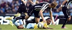 Liga Cash | Insiden Pemain Depan Newcastle Siem De Jong