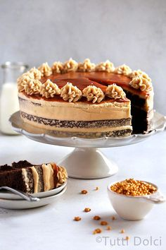 A super decadent, delicious salted caramel cappuccino chocolate cake! Layers of Devil's food choclate cake, cappuccino frosting, and salted caramel sauce. Caramel Cappuccino, Cupcake Cakes, Cupcakes, Muffin Cupcake, Bundt Cakes, Layer Cakes, Cake Recipes, Dessert Recipes, Chocolate Caramels