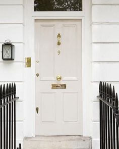 Creating An Entryway, Door Inspiration, Front Door Design, Painted Front Doors, Front Door Paint Colors, Beautiful Front Doors, Doors, Painted Doors, Front Door Farrow And Ball