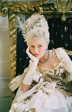 Coronation gown Kirsten dunst Marie Antoinette <3