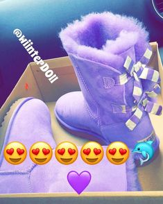 Follow @francisgakuru ������������ #AustralianSheepskinBoots