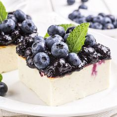 The PaleoHacks Cookbook Low Carb Sweets, Low Carb Desserts, Low Carb Recipes, Paleo Dessert, Healthy Desserts, Cheesecake Leger, Convenience Food, Low Carb Keto, No Cook Meals