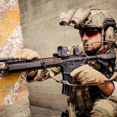 b4ae8af804c Daniel Defense M4A1  OakleySI  Oakley  OakleyStandardIssue Marsoc Marines