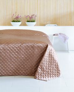 Sengetæppe - Stort udvalg af sengetæpper - Køb her Home Bedroom, Master Bedroom, Bedroom Decor, Outdoor Furniture, Outdoor Decor, Playroom, Comforters, Ornament, Blanket