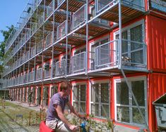 Tempohousing Keetwonen, Project Keetwonen Amsterdam, 1000 student apartments built out of shipping containers 5 high.