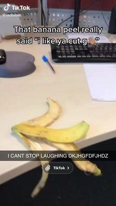 Super Funny Videos, Funny Video Memes, Crazy Funny Memes, Funny Short Videos, Really Funny Memes, Stupid Funny Memes, Funny Facts, Funny Relatable Memes, Funny Vidos