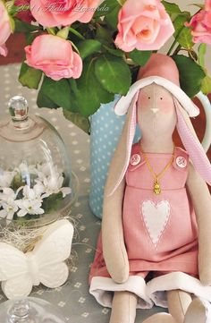 Dolly dressed in pink Cat Crafts, Easter Crafts, Easter Bible Verses, Victorian Dolls, Sewing Dolls, Waldorf Dolls, Soft Dolls, Fabric Dolls, Softies
