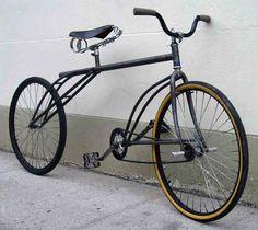 wait...what? Un concepto invertido de una bicicleta de ciudad común...