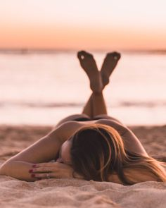 How to Take Good Beach Photos Summer Pictures, Beach Pictures, Travel Pictures, Beach Poses, Beach Shoot, Beach Photography, Portrait Photography, Photography Ideas, Beach Tumblr