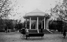 Rotterdam - Heemraadsplein met muziektent.     .1915