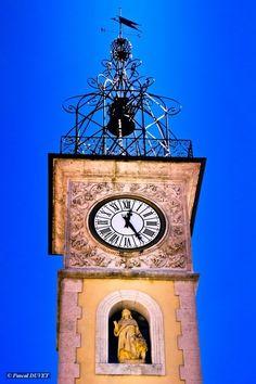 La tour de l'horloge à Sisteron - Alpes de Haute Provence by Pascal Duvet