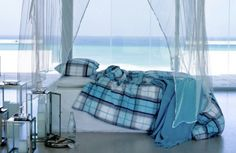 i will imagine this bed to smell like the ocean.
