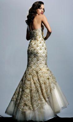 Top 10 Mermaid Dresses - Prom Fashion Guide