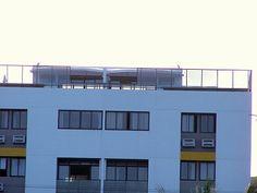 Descrição geral do apartamento Cabo Branco 3 QUARTOS/2 SUITES , LOTAÇAO DE 14 PESSOAS E VISTA DE MAR 180º cobertura com vista panorâmica e piscina privada 14 pessoas, localizado no sexto e setimo andar a 30 metros do mar e da praia de Cabo Branco a mais cobiçada do Litoral Paraibano. INTERNET ADSL, TV CABO O apartamento , tem uma area de lavandaria . Tem tambem uma 2ª Area de refeiçoes com pequena churrasqueira junto da piscina na cobertura , com toldo !