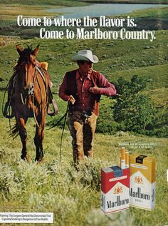 1972 Marlboro Cigarette Cowboy Horse Walking Up Hill Green Field Flavor Is ad