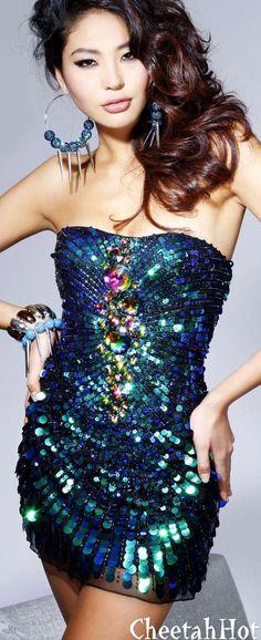 SHERRI HILL - Authentic Designer Strapless Mini-Dress - Bling Bling !