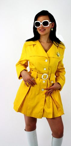 a perfect rain jacket for fall :)