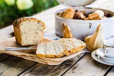 Lær å bake på tradisjonelt, kasjubisk vis.Dra på brødbakekurs i Polen! Bread, Baking, Cake, Food, Viajes, Brot, Bakken, Kuchen, Essen