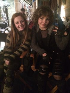 Clare Foley (Ivy Pepper/Poison Ivy) and Camren Bicondova (Selina Kyle/Catwoman) | Gotham #TV