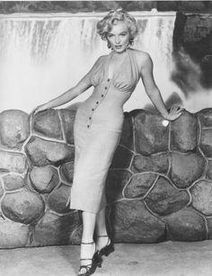 Marilyn Monroe   Publicity photo for Niagara, Bruno Bernard, 1952.