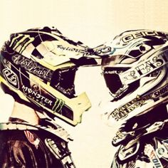 I need a picture like this with Ryan, but with me not in a helmet and gear on because I suck at riding dirtbikes Motocross Maschinen, Bike Couple, Motocross Girls, Fox Racing, Dirtbikes, Go Kart, Bike Life, Engagement Pictures, Country Girls