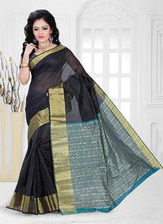 Capture the exuberance of womanhood in its full glory that will bring out your fragility and femininity. Add a small burst of colour to a wardrobe with this black cotton   casual saree. The incredible attire creates a dramatic canvas with terrific patch border work. Comes with matching blouse.