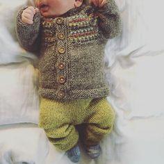 #livlagababysett #livlagajakke #mykstartbukse #picklesoslo #isager #isagergarn #strikkemamma #strikkedilla #strikke #strikktilbaby #babystrikk #babyknits #knitforbaby #knitstagram #knittersofinstagram #instaknit