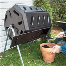 Dual-Batch Rolling Composter: I already have a plan to make this with a 55 gallon plastic barrel!