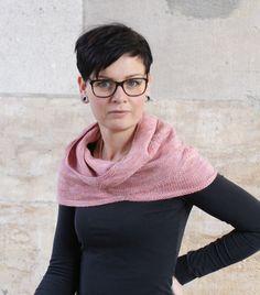 Strickanleitung Hin und Her von Franziska Matz / KniTime - Pullover, Cowl, Turtle Neck, Pattern, Sweaters, Fashion, Ponchos, Scarf Knit, Scarves