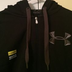 Water resistant Under Armour hoodie! BRAND NEW WITH TAGS! Perfect condition and never worn(: water resistant and super warm and comfy! Under Armour Jackets & Coats