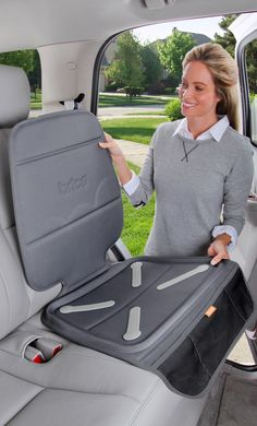 Protects car seats and upholstery from dirt and spills. Minimizes car seat movement. #BabyTravel #BRUHappyTravels