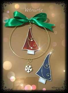 Women S Over 50 Fashion Styles 2015 Stained Glass Angel, Stained Glass Ornaments, Stained Glass Christmas, Stained Glass Designs, Stained Glass Projects, Stained Glass Patterns, Glass Christmas Decorations, Christmas Card Crafts, Christmas Angels