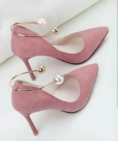high heels – High Heels Daily Heels, stilettos and women's Shoes Fancy Shoes, Hot Shoes, Pretty Shoes, Crazy Shoes, Beautiful Shoes, Me Too Shoes, Shoes Heels, Pink Heels, Shoes Sneakers