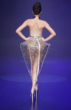 Architectural Fashion- bilder mit katze