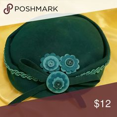 Adorable Vintage 50's style hat..has some wear but still super cute:) Accessories Hats