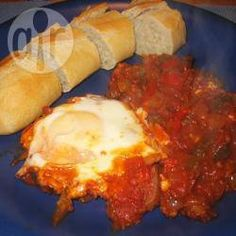 Tchakchouka (makbouba avec des œufs) @ allrecipes.fr