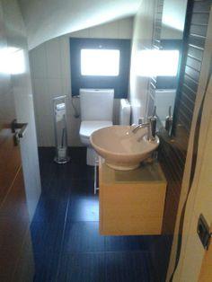 1000 images about toilette on pinterest francisco d for Decoracion de escaleras interiores