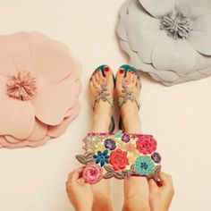 Bright Colourful Sophia 203 Bridal Accessories for you and your bridesmaids! #weddinggawker
