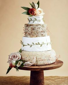 """21 mentions J'aime, 3 commentaires - Fromagination Weddings (@weddings_fromagination) sur Instagram: """"Cakes Of Cheese…"""""""