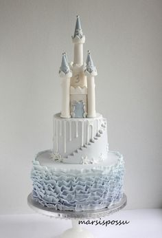 Marsispossu: Jäälinnakakku, Ice castle cake