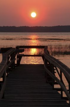 intracoastal-wanderings:    Sunset at Hilton Head, SC