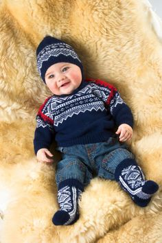 Merino Woolblend- Marius genser lanett pattern by Unn Søiland Dale Knitting For Kids, Baby Knitting, Knitted Baby, Brei Baby, Norwegian Knitting, Baby Barn, Fair Isle Knitting, Baby Sweaters, 30