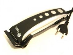 Masina de tuns electrica si opt piese necesare pentru tuns, incluse. http://www.giftplanet.ro/category--cadouri-pentru-barbati--511.html