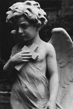 (Black & White) Protestant Cemetary in Rome, Italy - 2008 - Keats & Shelley by champagne! Cemetery Angels, Cemetery Statues, Cemetery Art, Angel Statues, Angels Among Us, Angels And Demons, Statue Ange, Tatto Ink, Angel Sculpture