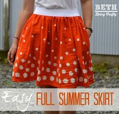Beth Being Crafty: Easy Double Gauze Dotty Full Skirt. Tutorial with pockets and elastic waist - cute skirt, and it's gauze, so it looks cool and comfy Sewing Clothes Women, Clothes For Women, Womens Skirt Pattern, Skirt Patterns, Sewing Patterns, For Elise, Sewing Blouses, Elastic Waist Skirt, Skirt Tutorial