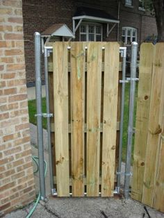 Wood Fence With Metal Post - Building & Construction - DIY Chatroom Home Improvement Forum